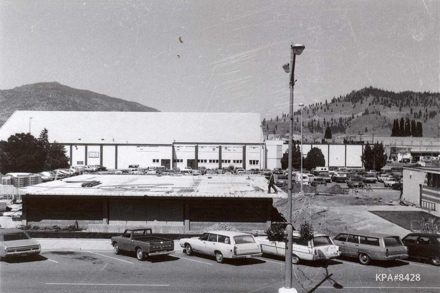 Construction of the Kelowna Centennial Museum, 1967. KPA #8428
