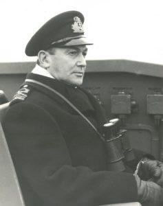 OMM P 1231 Commander C A King DSC DSO RCNR on bridge HMCS Swansea Nov 1944 PA 191232 237x300 Sub Hunter: Commander C.A. King